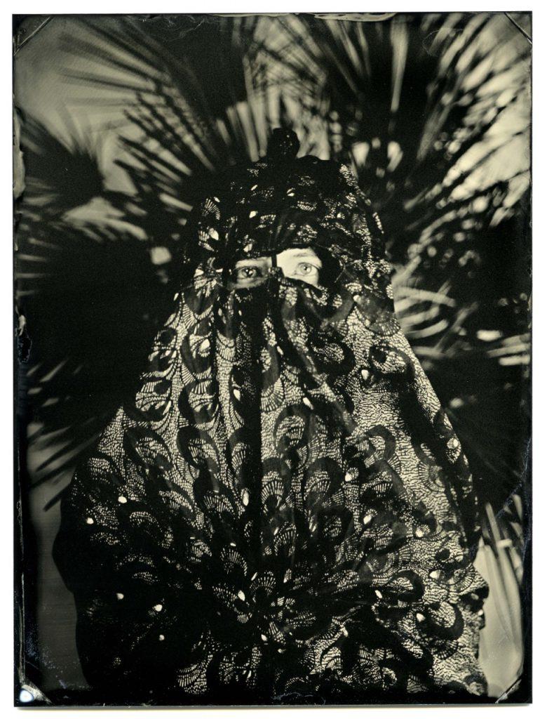 julia | serie improntas | fotografía al collodión húmedo sobre aluminio | 2013
