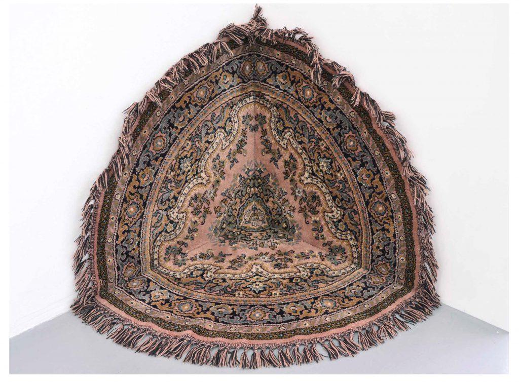 xyz | alfombra seccionada | 60 x 60 x 60 cm | 2013